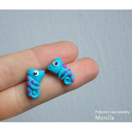 Chameleon blue