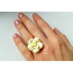 Květinový prsten