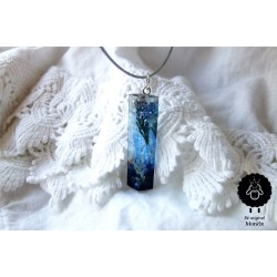Luční květy s modrou