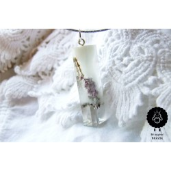 Luční květy s bílou