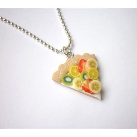 Ovocný koláč náhrdelník