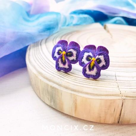 kvetinkove-nausnice-macesky